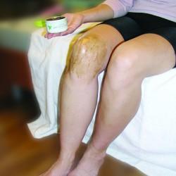 Крем с грязью для лечения сустоавов. Шаг 1: наносим тонким слоем